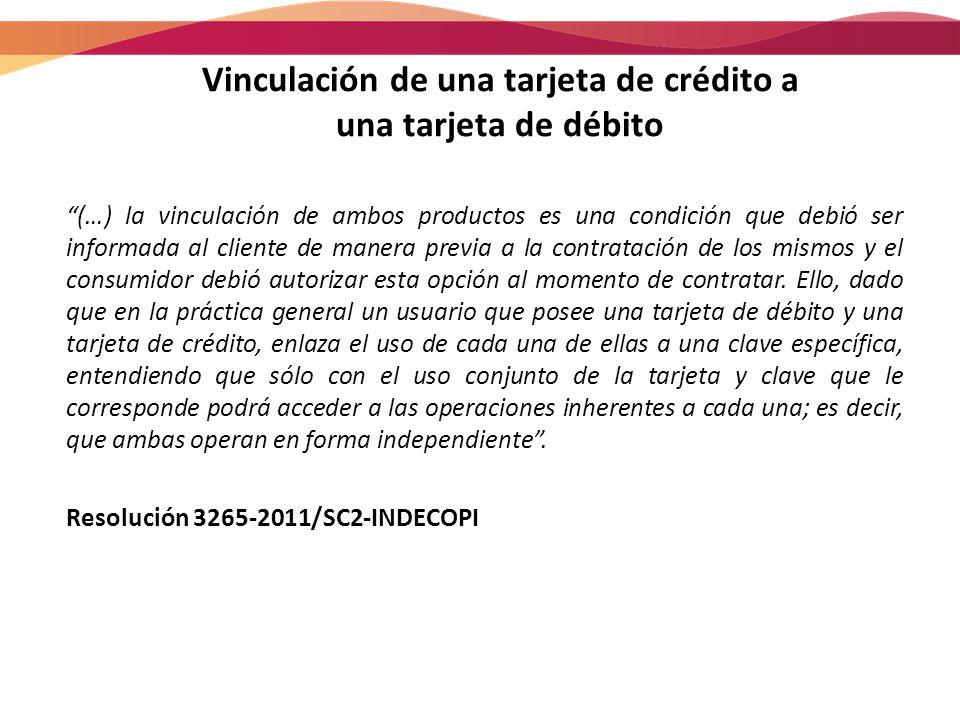Vinculación de una tarjeta de crédito a una tarjeta de débito (…) la vinculación de ambos productos es una condición que debió ser informada al client