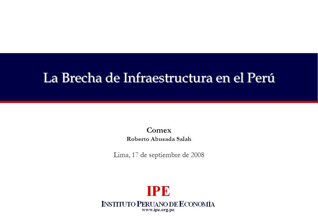 12 Perspectivas de la economía peruana Incremento del techo legal de cofinanciamientos del Estado en APPs de 5% al 7% del PBI es buena se ñ al Brecha de infraestructura en transporte y saneamiento, 2005 (en millones US$) Fuente: IPE Cofinanciamiento del Estado en APPs (como % del PBI) Comprometido Cofinanciamiento sugerido (33%) para cerrar brecha prioritaria 11.3% PBI