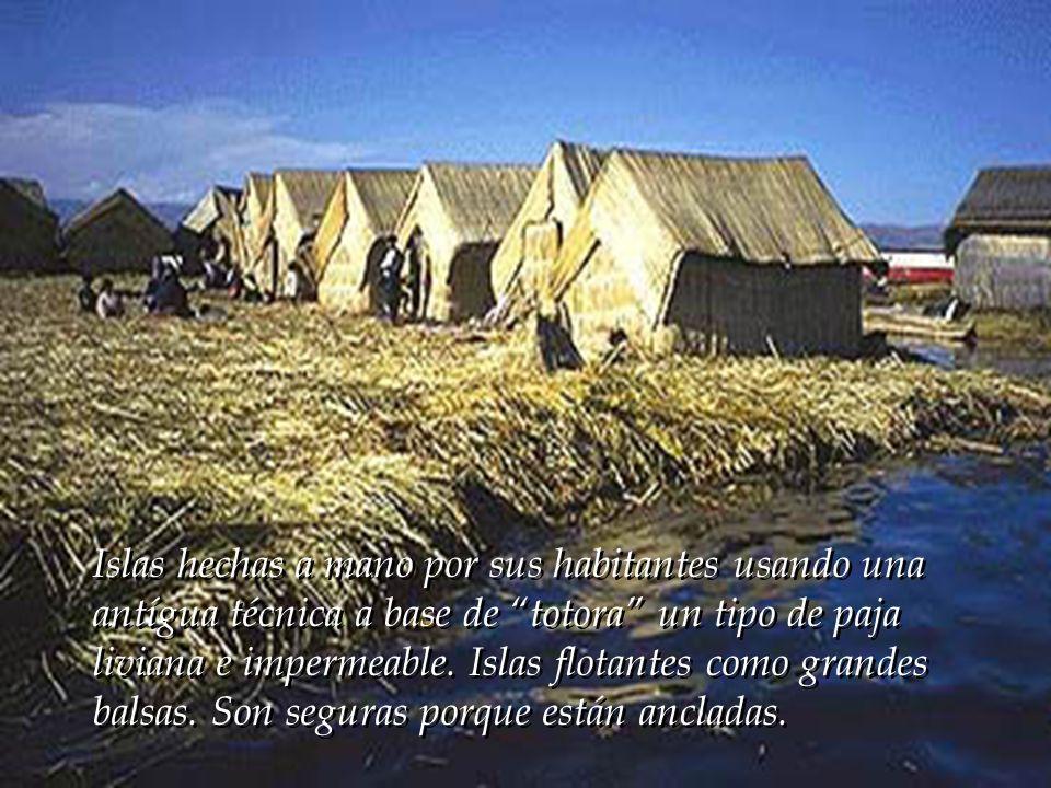 En el lado peruano hay dos grandes islas: Taquile y Amantani. También está el conjunto de islas de los Uros. En el lado peruano hay dos grandes islas:
