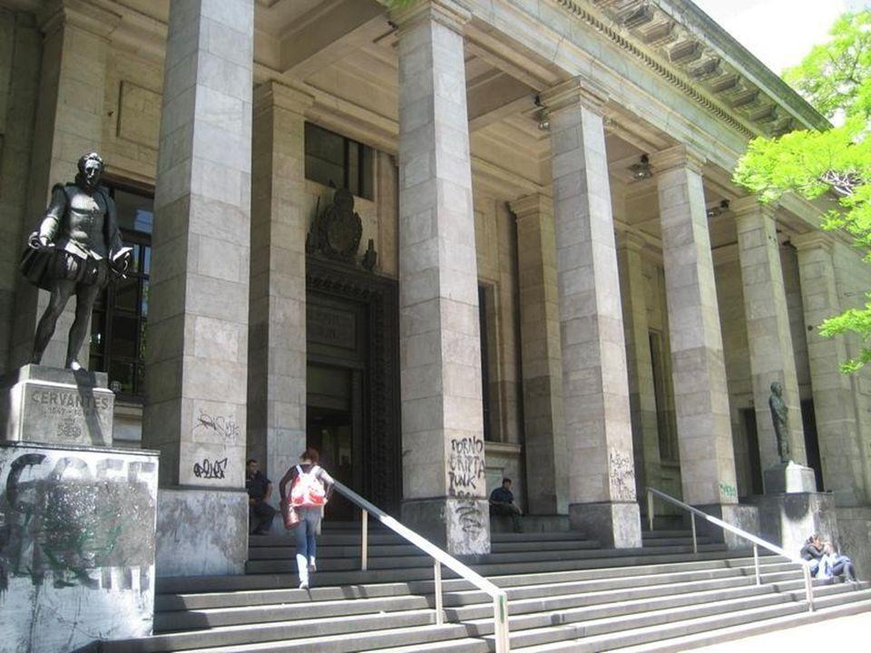 Inaugurada el 26 de mayo de 1816 Biblioteca Nacional Pública