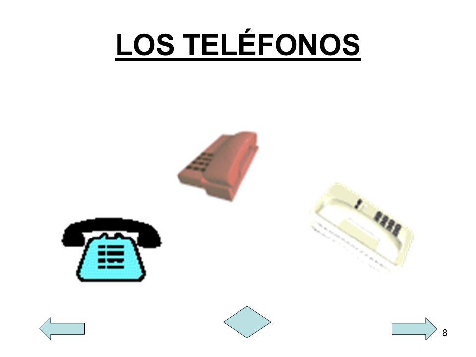 9 EL FAX El fax es un medio de comunicación caracterizado por la transmisión de textos escritos, imágenes y fotos, entre otros, que están impresas en papel.