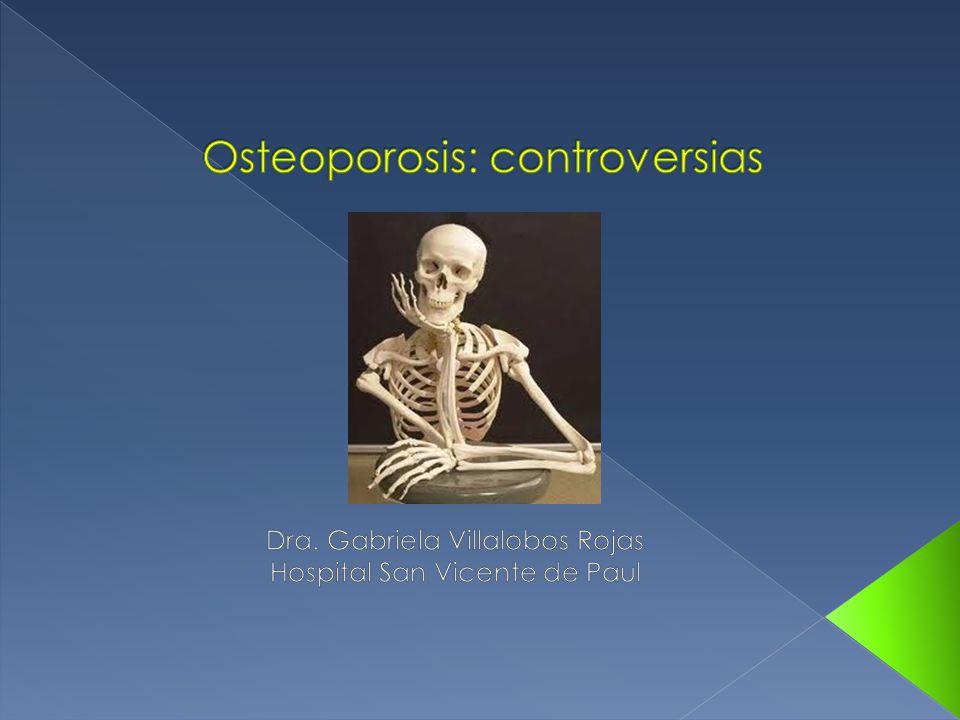 ¾ de todas las fracturas de cadera ocurren en mujeres blancas posmenopáusicas.