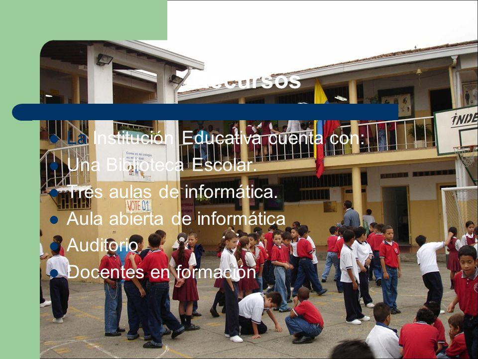 La Institución Educativa cuenta con: Una Biblioteca Escolar. Tres aulas de informática. Aula abierta de informática Auditorio Docentes en formación Re