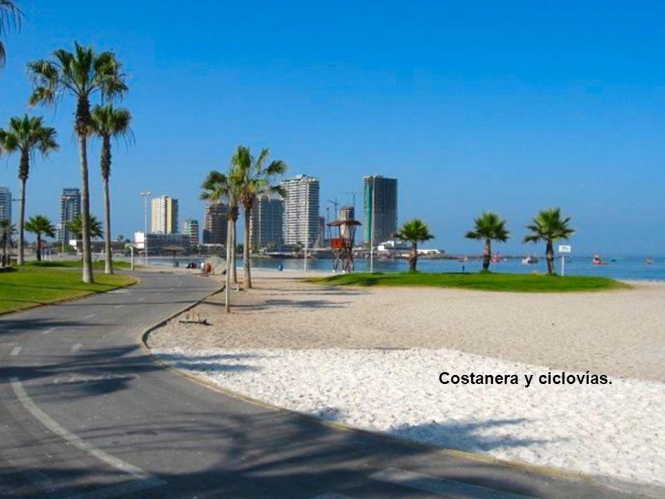 Avenida Costanera convertida en Parque de las Américas.