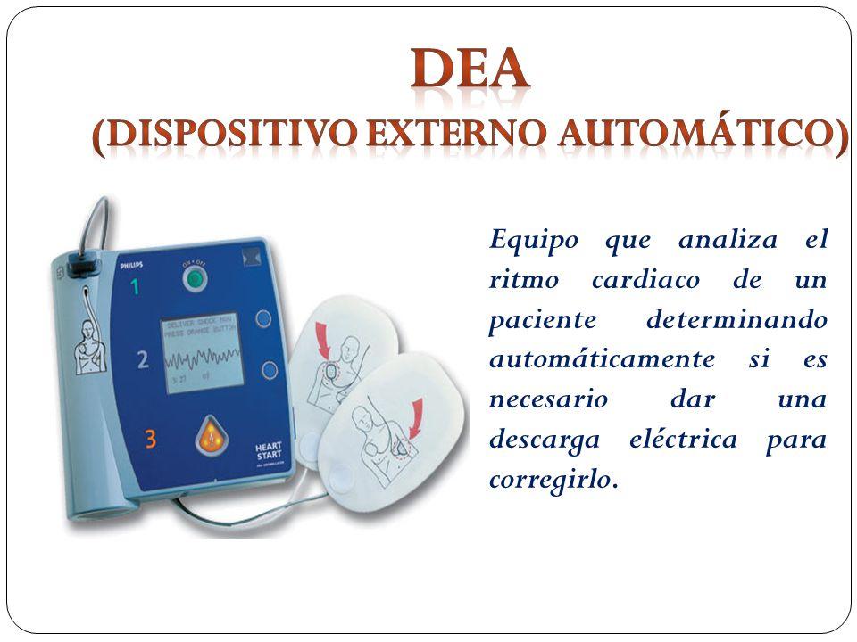 Equipo que analiza el ritmo cardiaco de un paciente determinando automáticamente si es necesario dar una descarga eléctrica para corregirlo.