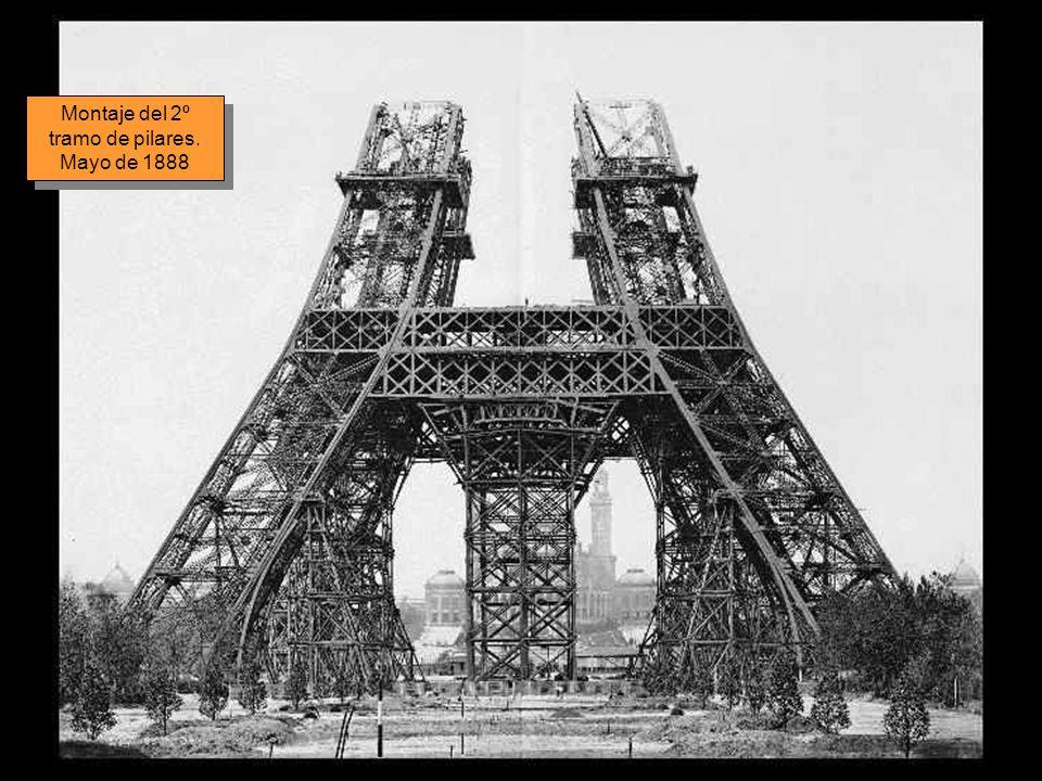 Montaje del 2º tramo de pilares. Mayo de 1888