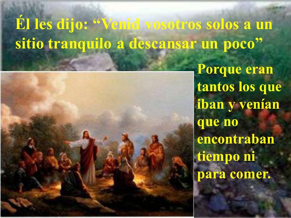 En aquel tiempo, los apóstoles volvieron a reunirse con Jesús y le contaron todo lo que habían hecho y enseñado.