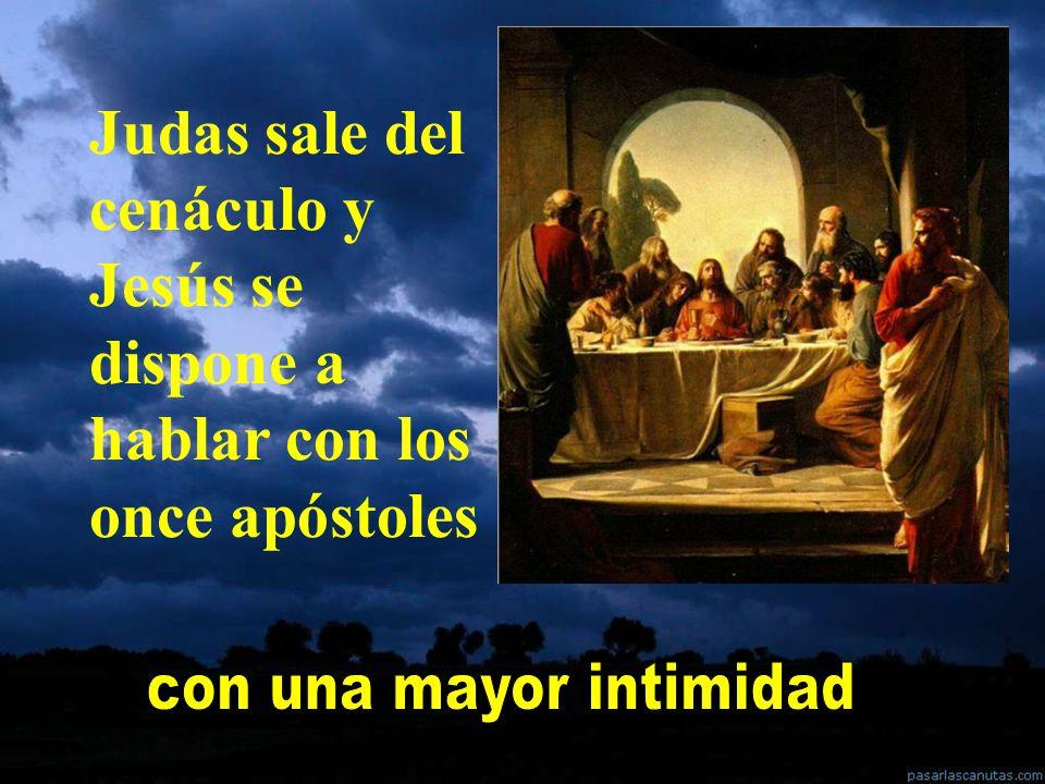 Jesús estaba con los apóstoles en la Ultima Cena. Era una cena de despedida