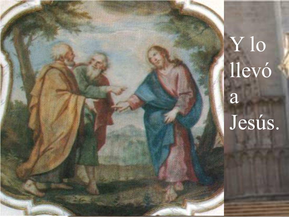 Encuentra primero a su hermano Simón y le dice: Hemos encontrado al Mesías (que significa Cristo).