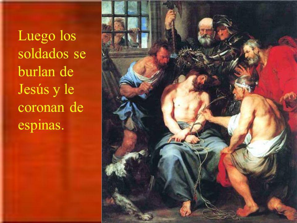Herodes, vano e inconsciente, lo devuelve a Pilato. Éste quiere quedar bien y con todos queda mal: Para inspirar compasión por Jesús, le manda azotar