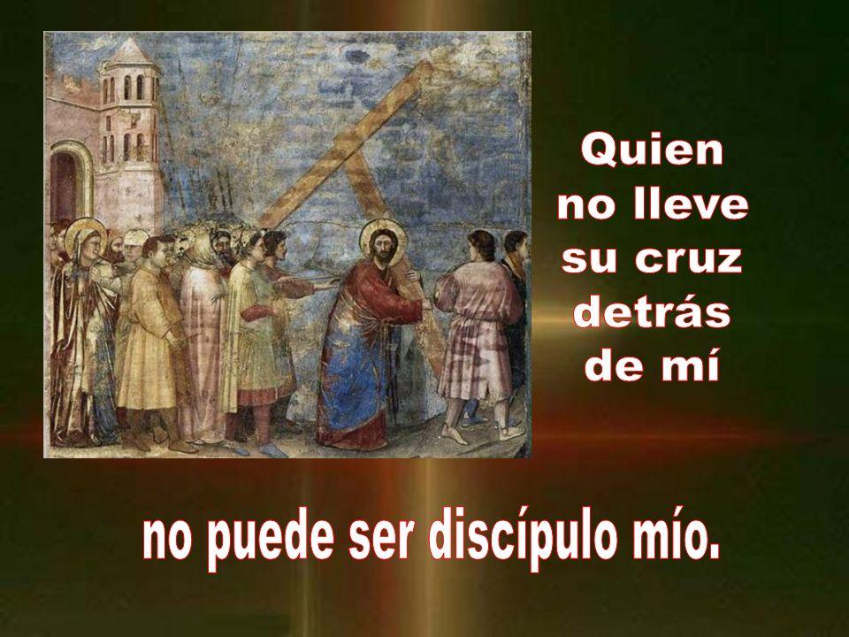 En aquel tiempo, mucha gente acompañaba a Jesús; él se volvió y les dijo: Si alguno se viene conmigo y no pospone a su padre y a su madre, y a su muje