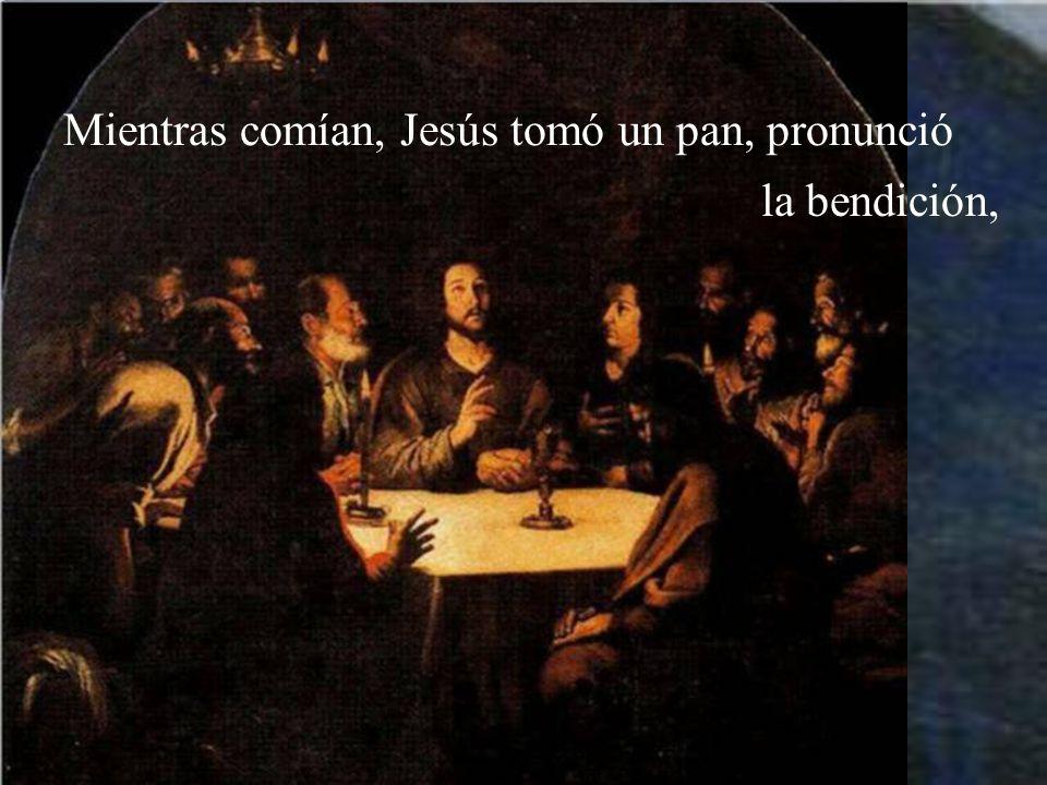 Los discípulos se marcharon, llegaron a la ciudad, encontraron lo que les había dicho y pre- pararon la cena de Pascua.
