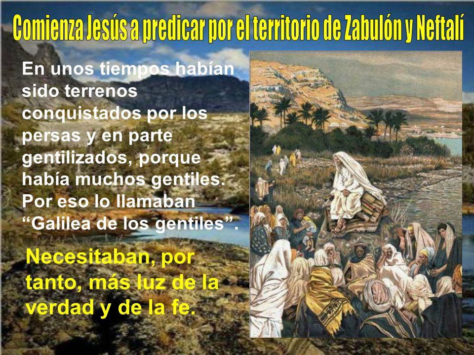 Recorría toda Galilea, enseñando en las sinagogas y proclamando el Evangelio del reino, curando las enfermedades y dolencias del pueblo. Palabra del S