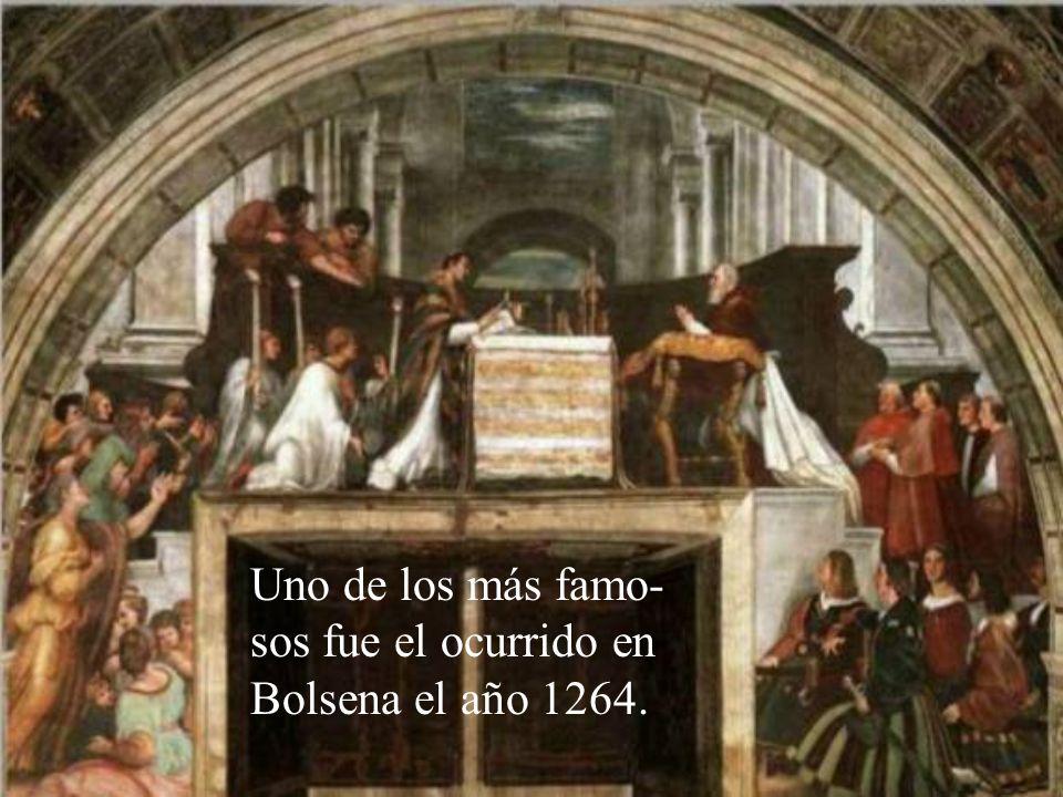 Muchas veces Jesús ha manifes- tado su presencia en la Eucaristía por medio de milagros, que muchas personas han podido constatar.