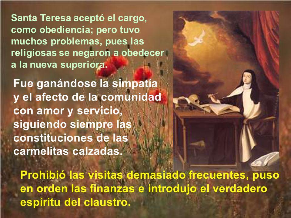 Como el convento de la Encarnación de Avila, donde había pasado muchos años santa Teresa, llevaba mal camino. se le ocurrió al visitador apostólico de