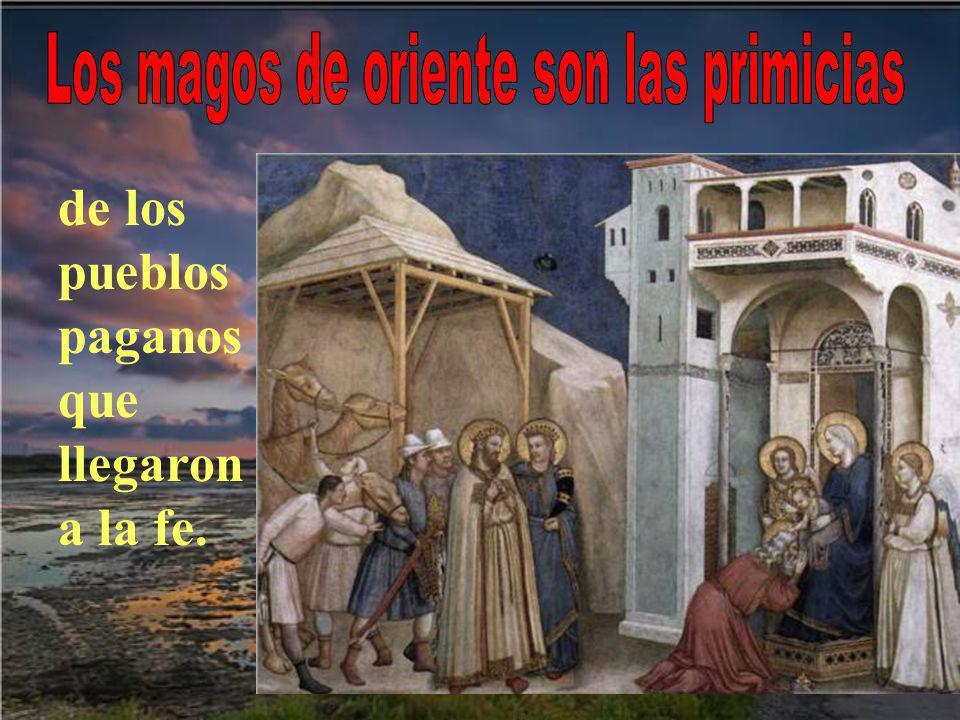 7- Y ENCONTRARON A JESÚS Con la ayuda de la estrella, que se puso encima de la casa donde estaba Jesús,