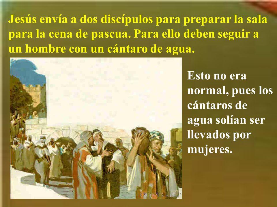 Judas, que era quien más sentía lo del dinero perdido, fue a ver a los principales sacerdotes para traicionar a Jesús.