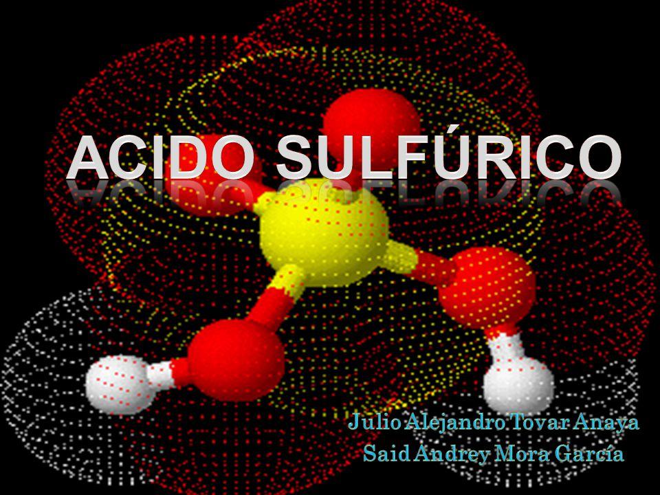 El ácido sulfúrico puro es un líquido aceitoso incoloro, denso (d=1,834 g/cm 3 ), que se congela a 10,37º C, dando un sólido cristalino incoloro que hierve a 317ºC, temperatura a la que la composición del mismo es de 98,54% de H 2 SO 4, pues durante el calentamiento desprenden vapores formados al descomponerse en H 2 O y SO 3.