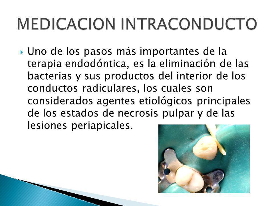 Uno de los pasos más importantes de la terapia endodóntica, es la eliminación de las bacterias y sus productos del interior de los conductos radicular