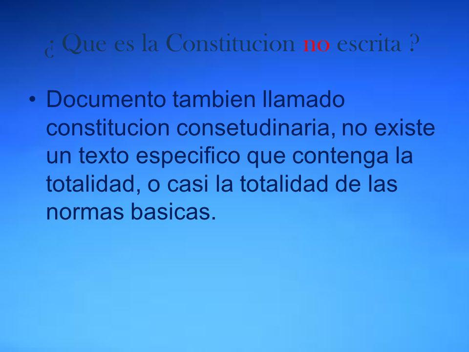 El espiritu de la constitucion de 1917 lo encontramos en tres articulos los cuales son: Articulo 3: la educacion.