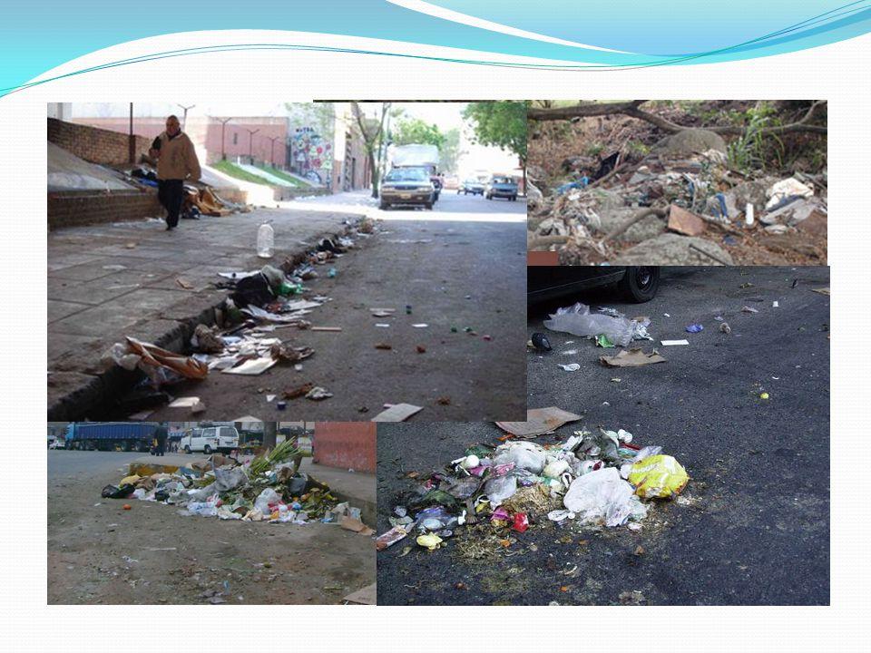 Sugerencias para cuidar el medio ambiente 1.- Usar solo el agua que necesito y evitar su contaminación.