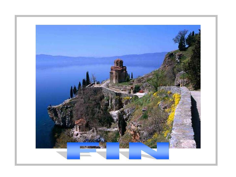 + Hacen escala en Éfeso y Pablo aprovecha y Pablo aprovecha para predicar en la sinagoga, prometiéndoles volver más adelante. Y se dirigen a Antioquía