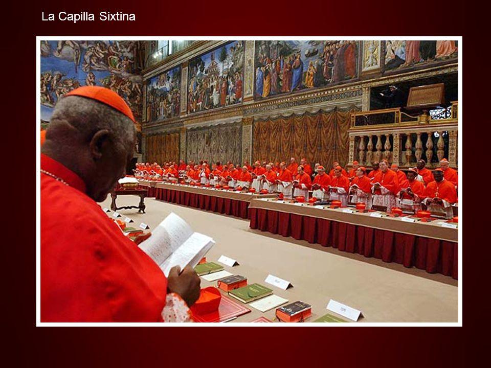 La Capilla Sixtina es uno de los tesoros artísticos de la Ciudad del Vaticano, construida entre 1471 y 1484 en la época del papa Sixto IV. El arquitec