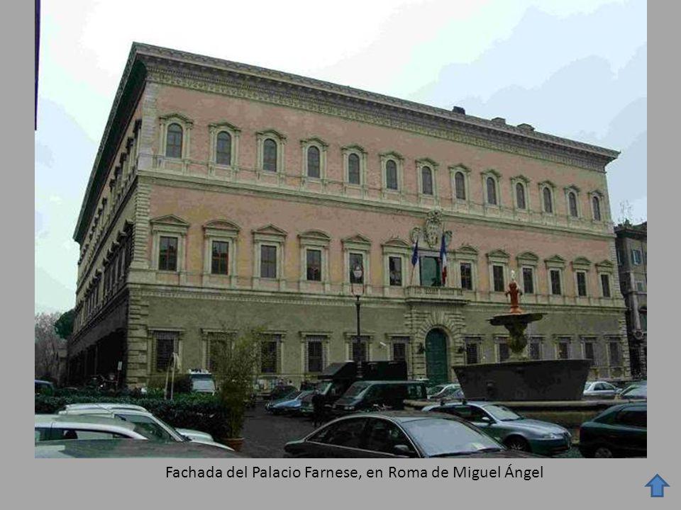 Fachada del Palacio Farnese, en Roma de Miguel Ángel