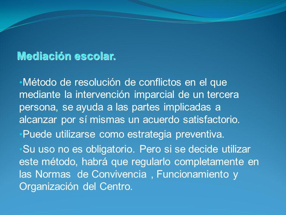 Método de resolución de conflictos en el que mediante la intervención imparcial de un tercera persona, se ayuda a las partes implicadas a alcanzar por