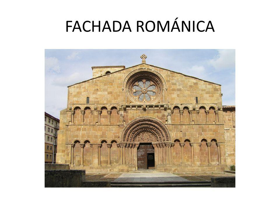 FACHADA ROMÁNICA
