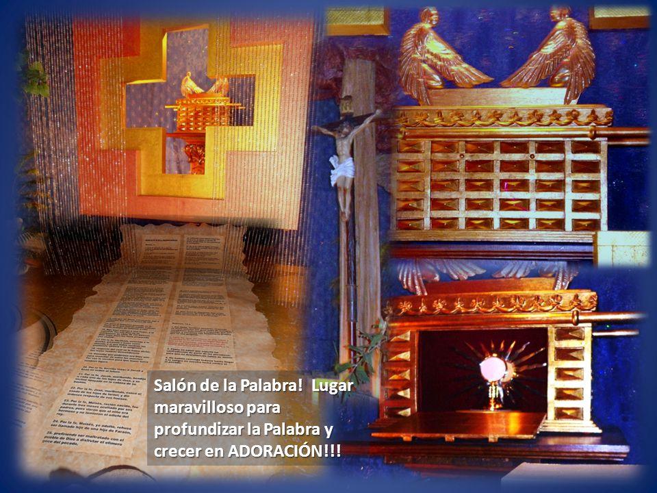 Este Salón de la Palabra está concebido como un espacio de oración, silencio, contemplación, admiración.