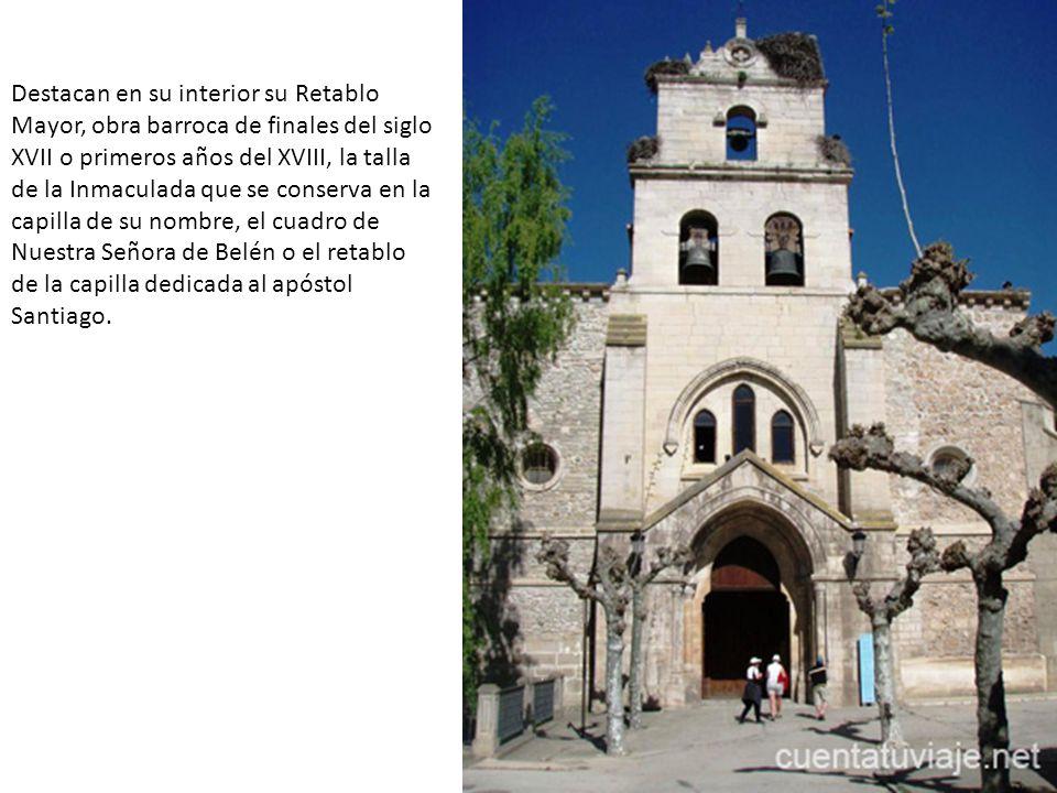 Destacan en su interior su Retablo Mayor, obra barroca de finales del siglo XVII o primeros años del XVIII, la talla de la Inmaculada que se conserva