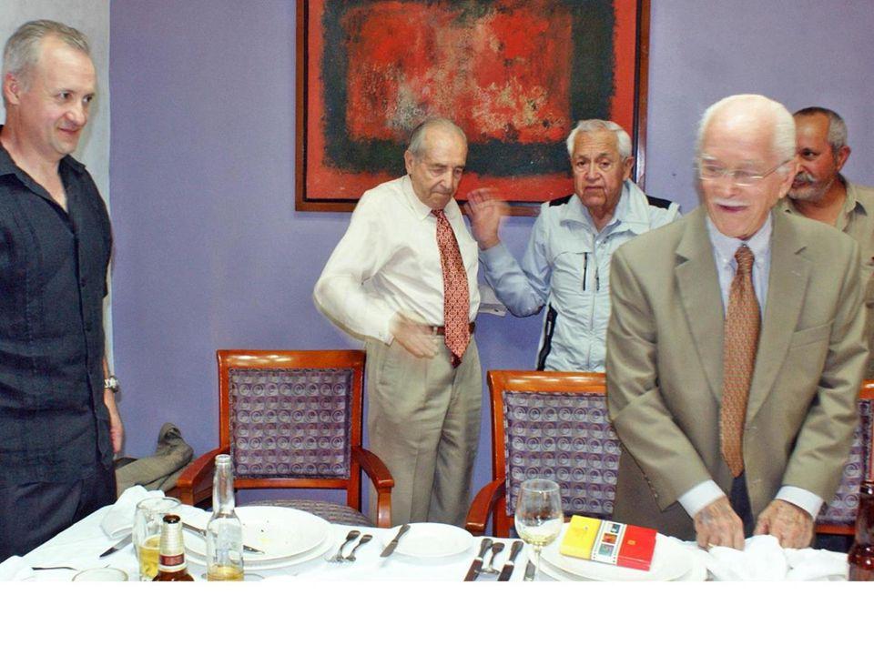 LUIS MARTINEZ DEL RIO GOMEZ HARTER e hijo