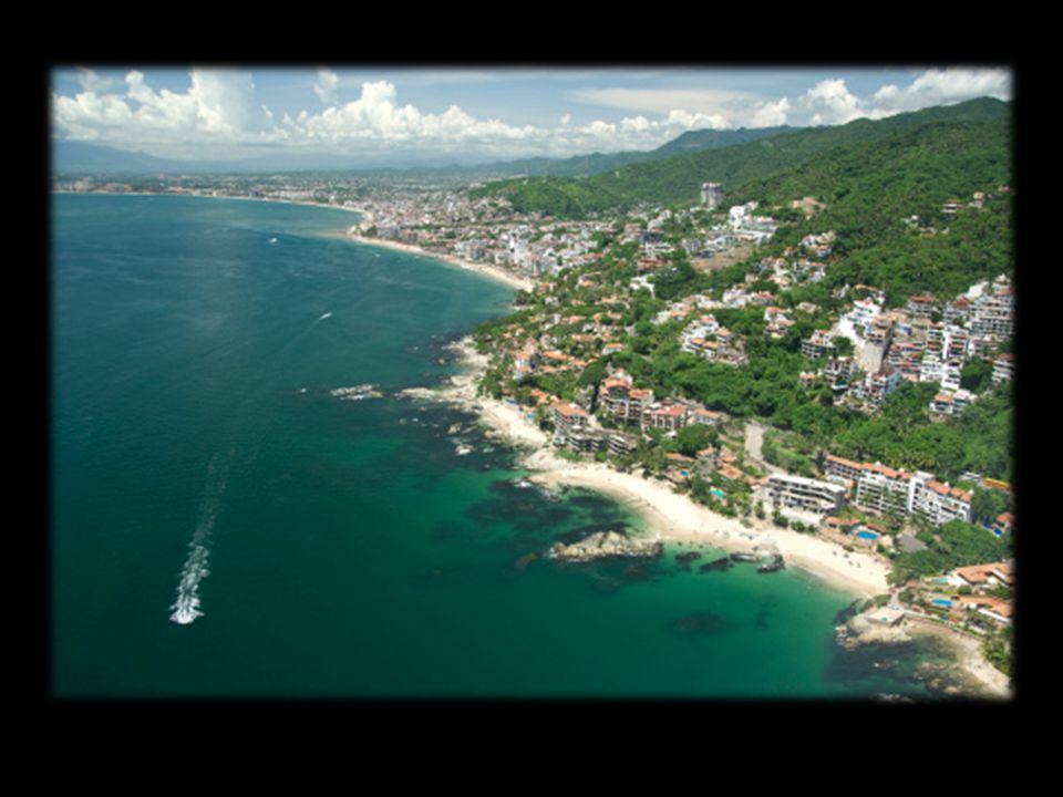 Puerto Vallarta: - 2 Adultos en habitación doble.- 4 días y 3 noches.