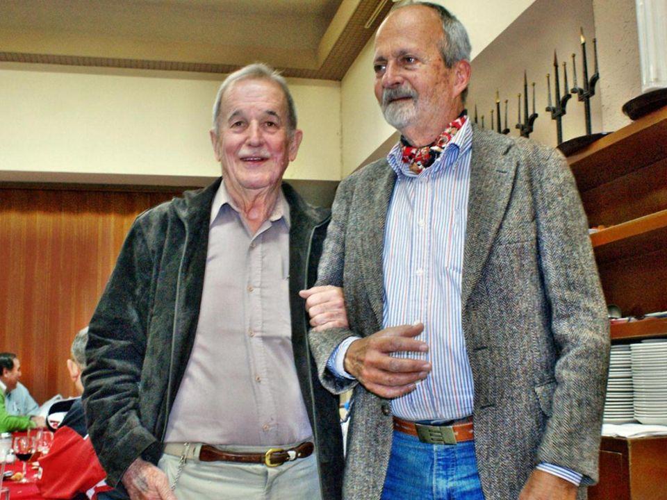 Comida GEN54 17 Enero 2013 Estimados Expatrias: Una vez mas nos reunimos con camaradería y franca estimación en el Covadonga.