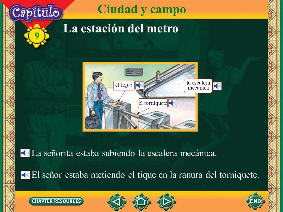 9 La estación del metro Ciudad y campo la boca del metro