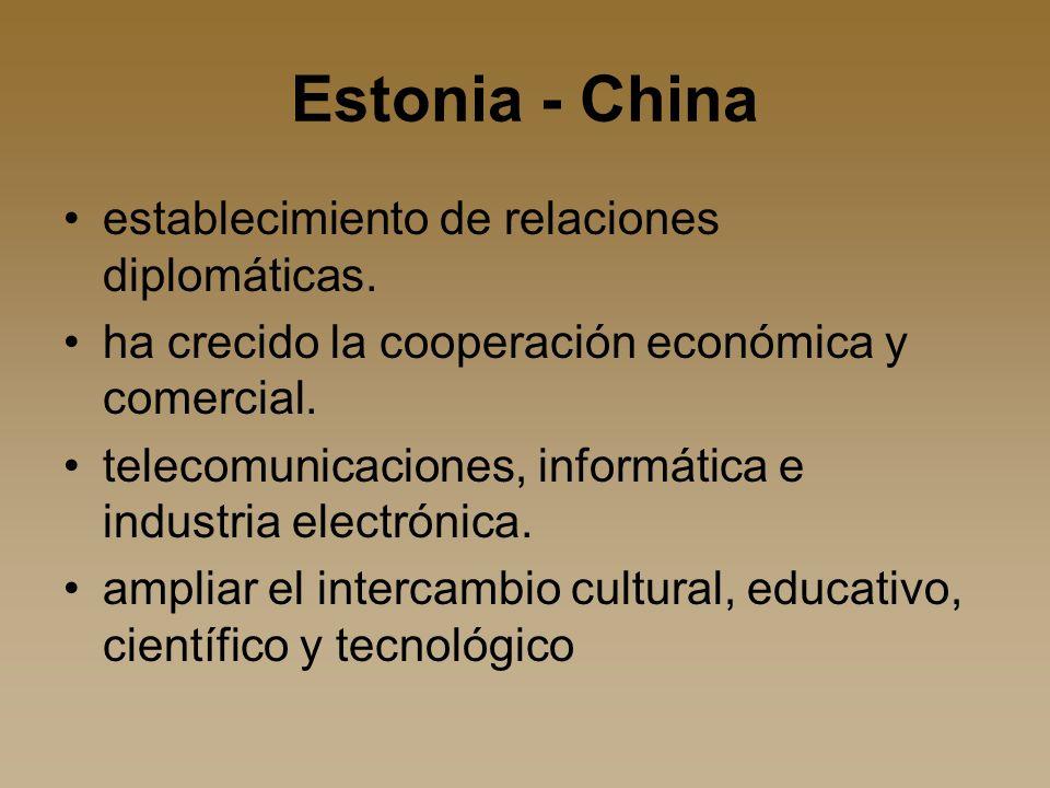 Estonia - China establecimiento de relaciones diplomáticas.