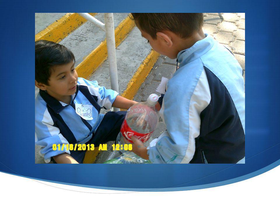 SITUACIONES DE APRENDIZAJE: Sensibilizar a los padres de familia a cerca de la importancia de su participación en las actividades planeadas a través de clasificar y separar la basura como plástico, cartón, latas, etc.