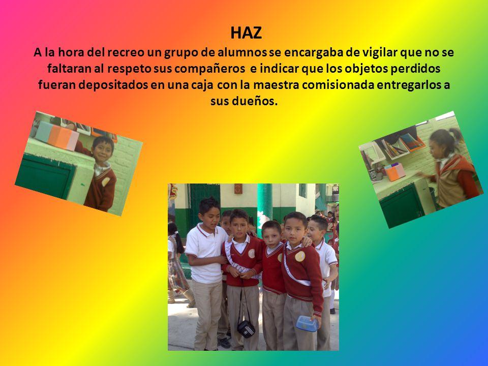 HAZ Periódico mural por alumnos y padres de familia