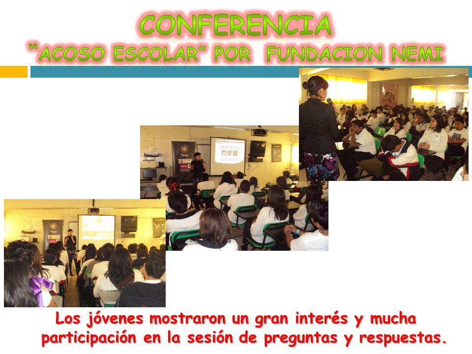 Los jóvenes mostraron un gran interés y mucha participación en la sesión de preguntas y respuestas.
