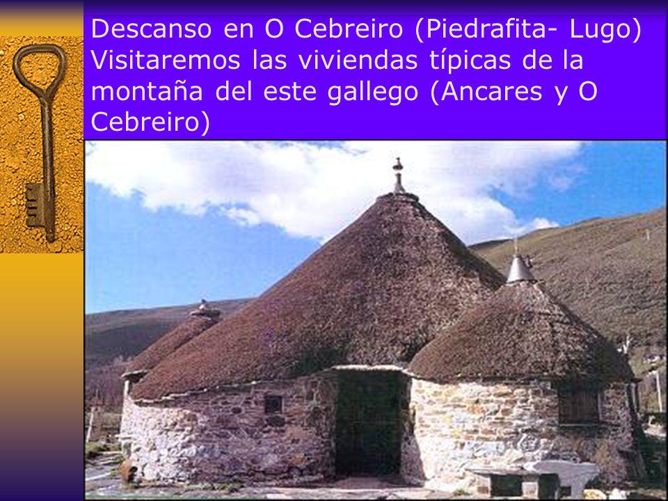 Es uno de los enclaves más antiguos de la ruta jacobea, probable descendiente de un asentamiento prerromano La iglesia de Santa María, de estructura prerromana, pertenece a los siglos IX y X.