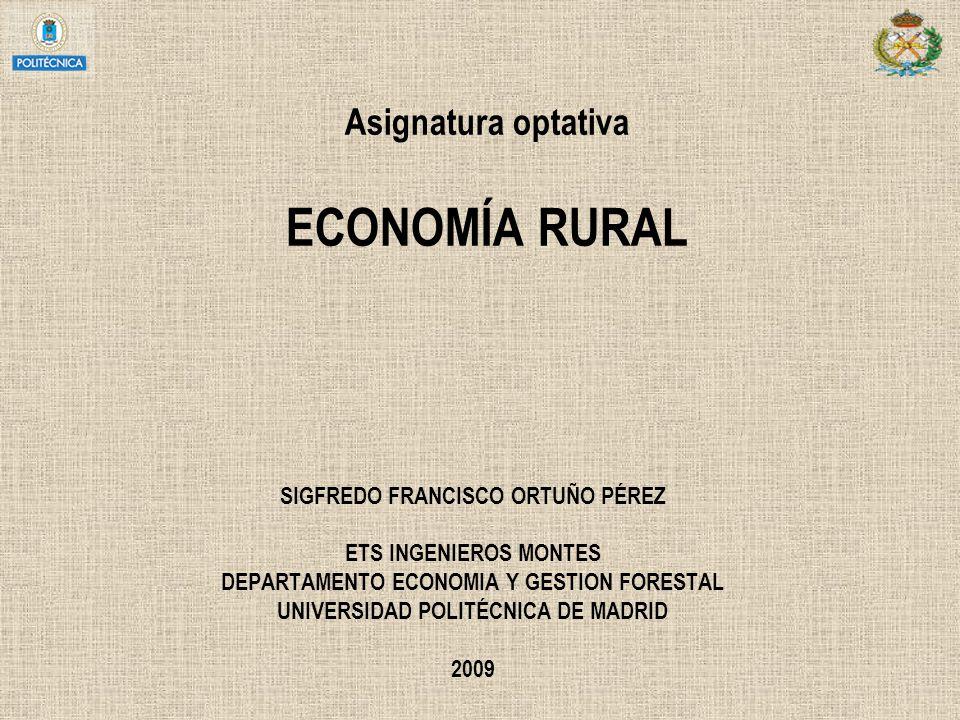 LA SOCIEDAD* RURAL EN ESPAÑA (1) * Aquella donde se asienta el espacio rural = donde predominan las actividades agrarias En España la población que vive en municipios rurales** representa el 24% de la población, frente a un 17% de media en la UE ** agrupamiento pequeño con cultura tradicional y ocupación en el sector servicios POBLACIÓN TOTAL MUNICIPIOS197019811991199820012007 < 2000 hab.3.5493.4553.1153.0112.9502.860 2.000-10.000 hab.6.5096.6166.6736.5006.900 1950: 13,5.10 6 < 10.000 hab.