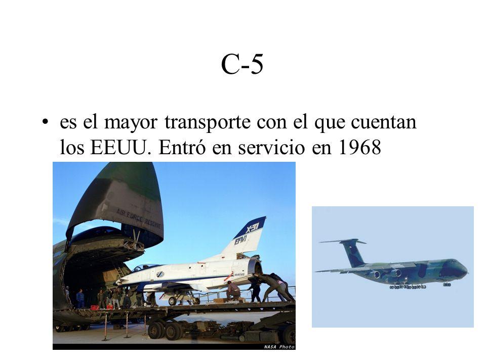 C-5 es el mayor transporte con el que cuentan los EEUU. Entró en servicio en 1968