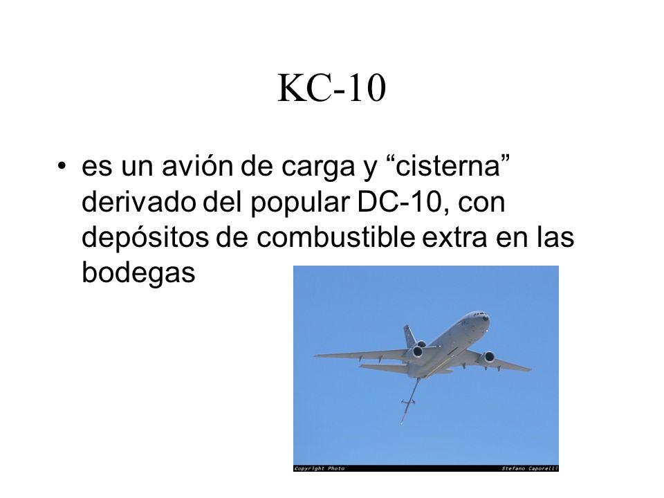 KC-10 es un avión de carga y cisterna derivado del popular DC-10, con depósitos de combustible extra en las bodegas