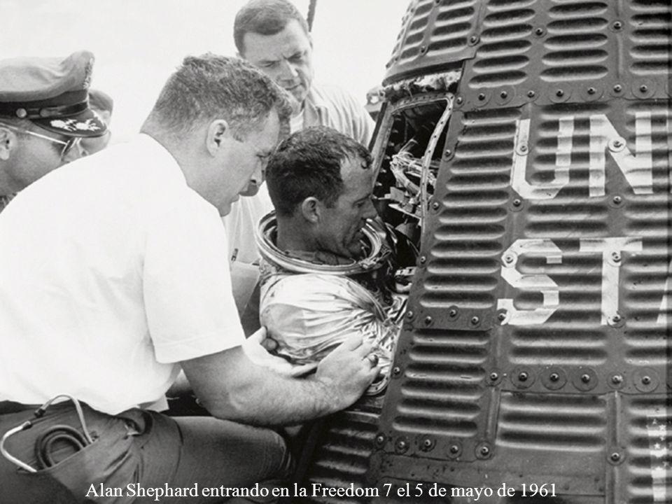 Lanzamiento de la histórica misión Mercury 6 en la que John Glenn se convirtió en el primer estadounidense en orbitar la Tierra