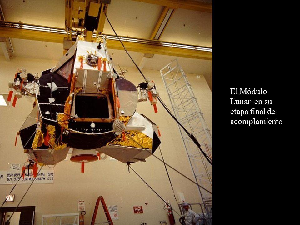 El Módulo Lunar en su etapa final de acomplamiento