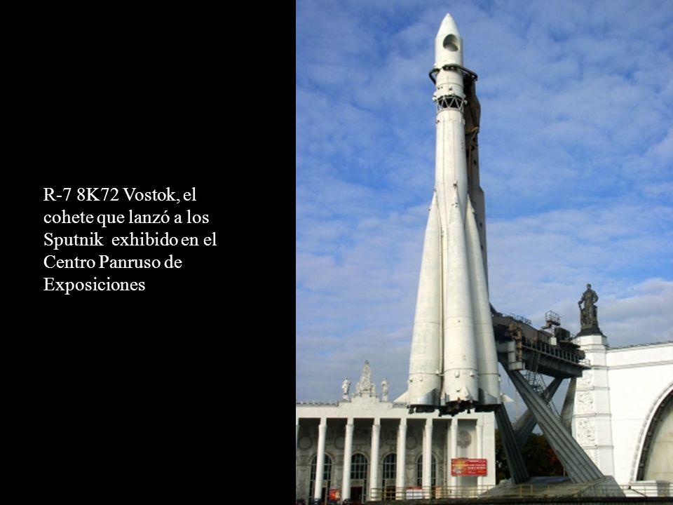 R-7 8K72 Vostok, el cohete que lanzó a los Sputnik exhibido en el Centro Panruso de Exposiciones
