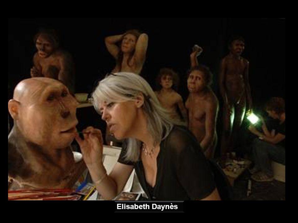 Las esculturas, absolutamente rigurosas y de expresión hiperrealista han sido realizadas por la prestigiosa artista francesa Elisabeth Daynès, una de