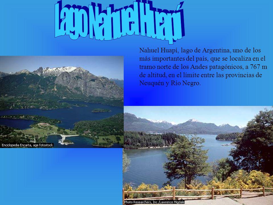 Nahuel Huapí, lago de Argentina, uno de los más importantes del país, que se localiza en el tramo norte de los Andes patagónicos, a 767 m de altitud,