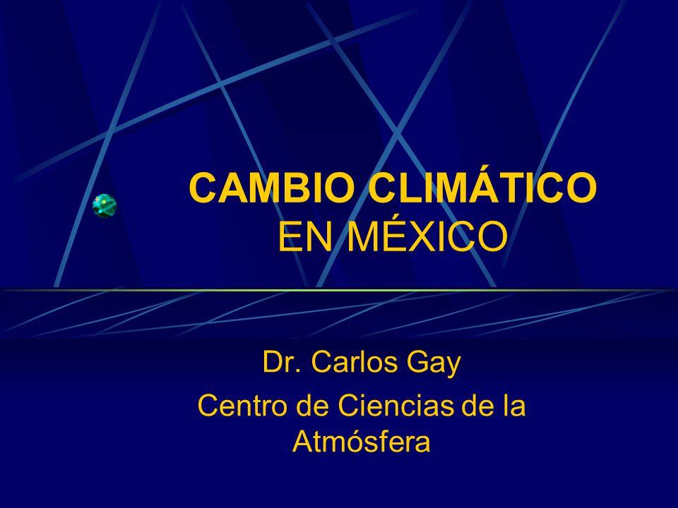 Escenarios de la temperatura global y sus incertidumbres TAR IPCC, 2001 Es la diferencia entre una era glacial y una interglacial Ningún ser humano ha experimentado las temperaturas globales que se proyectan AR4 IPCC, 2007 IPCC AR4 GRUPO DE TRABAJO I ESCENARIOS DE CAMBIO CLIMÁTICO Aún si se lograra estabilizar las concentraciones de GEI a niveles del año 2000, para el 2100 habría un calentamiento de entre 0.3 y 0.9ºC en la temperatura global (adicional a lo ya observado) Independientemente del tipo de desarrollo económico para el 2020 habrá un aumento de 0.4ºC Dependiendo del escenario de emisiones, para el 2100 la temperatura global aumentaría en un rango de 1.8 a 4ºC, aunque no se descartan aumentos de hasta 6.4ºC Eventos extremos en temperatura y precipitación más frecuentes Ciclones tropicales más intensos Aumento en el nivel del mar entre 0.18 y 0.54 metros Aumento en la precipitación en latitudes altas y disminución en los subtrópicos